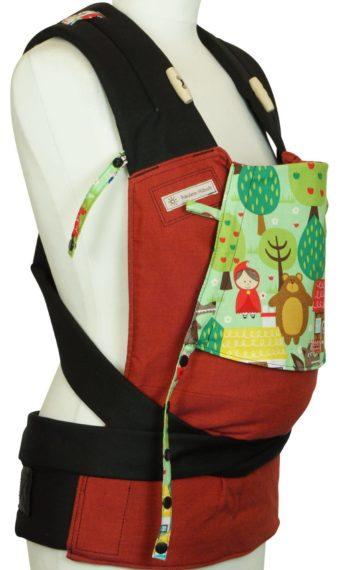 Babytrage Fräulein Hübsch Mei Tai Babysize in Rot mit Märchenfiguren auf der Kopfstütze
