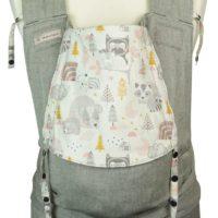 Babytrage in Toddlersize mit Igel, Bären und Eulen in Grau, Ocker und Rosa