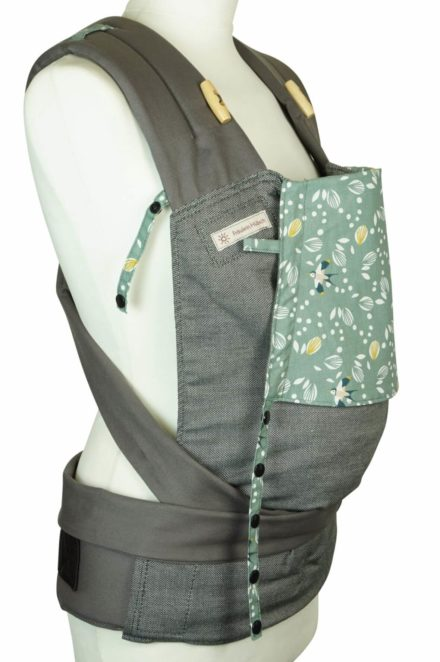 Babytrage Fräulein Hübsch Mei Tai Babysize Salbeifarbene Kopfstütze mit Schwalben und Blättern