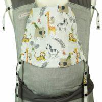 Babytrage Fräulein Hübsch Mei Tai Toddlersize Hellgrau mit wilden Tieren auf weißer Kopfstütze