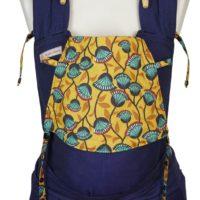 Babytrage Fräulein Hübsch Soft Tai Babysize dunkelblauer Rückenteil und Kopfstütze mit türkisen Blumen auf gelben Hintergrund
